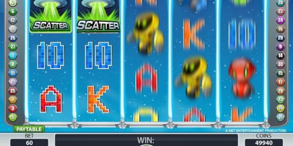 Alien robots screenshot spinning reels